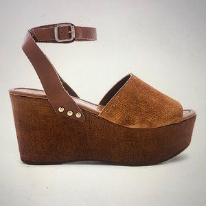 Seychelles Forward Wedge Shoes - Cognac
